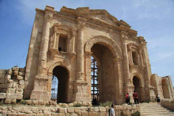Ma in Hot springs to Jerash and Ajloun
